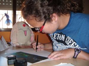 Criskeleton en su mesa de dibujo